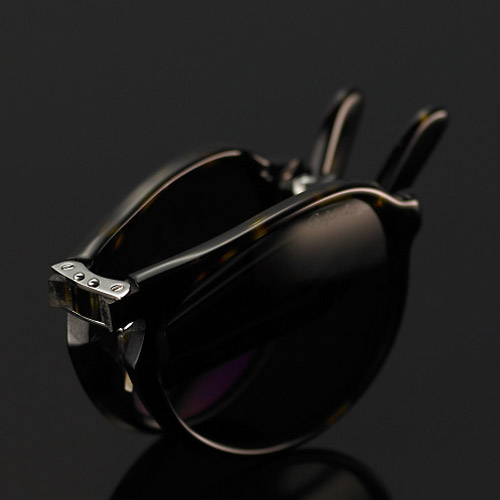 ralph-lauren-purple-label-foldable-sunglasses-2